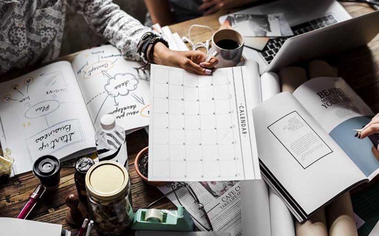 Calendario laboral con festivos regionales