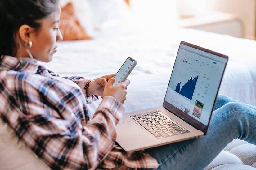 El teletrabajo ha llevado a que los jefes tengan más intención de controlar el trabajo de sus empleados, a través de softwares de monitorización