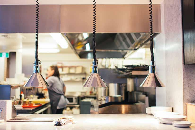 Las pausas para alimentarse durante el trabajo son muy importantes. Conoce las normas legales que amparan tu descanso y cómo afectan a tu remuneración.