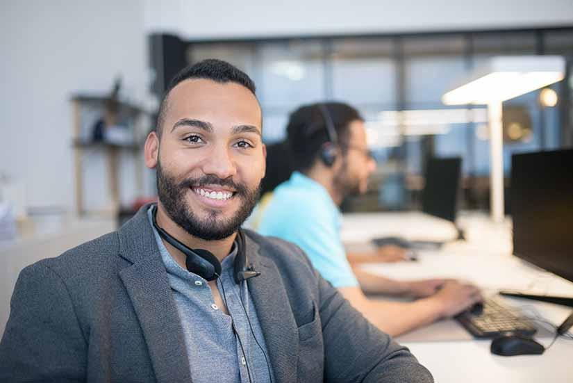 La puntualidad en el trabajo es fundamental para el rendimiento laboral. Aquí te damos tips para que la mantengas.